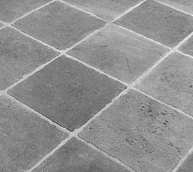 Dallage en pierre réalisé par Les Ateliers Burgondes